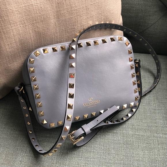 a67b74add76 Valentino Rockstud Leather Camera Bag. M_5a931d8205f430af652a86ac